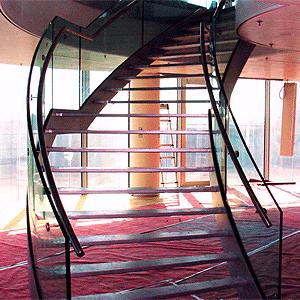 Glazen trap op maat