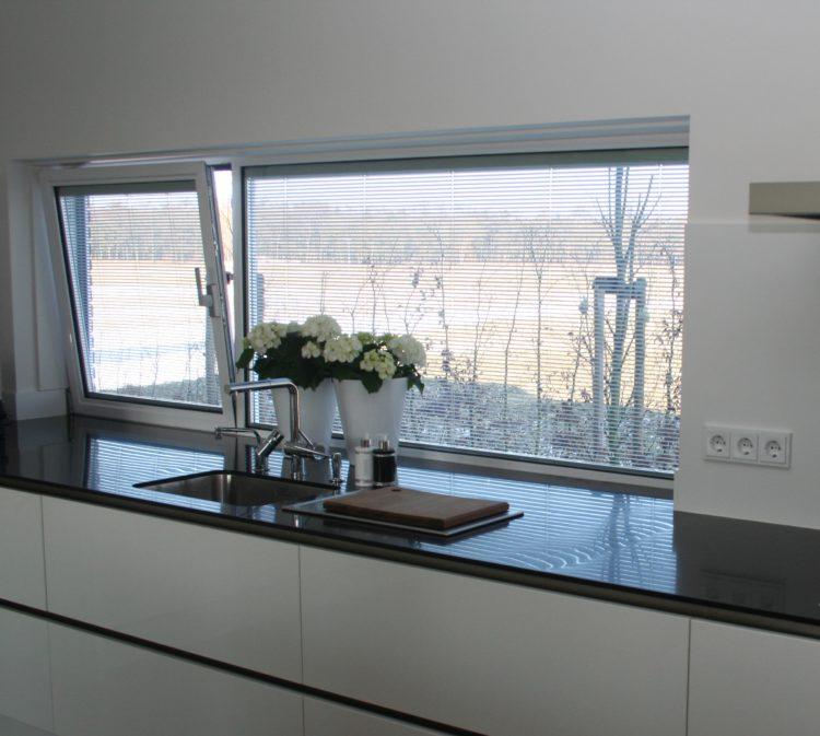 Jaloezie in glas keuken | Foto: Pilkington Nederland
