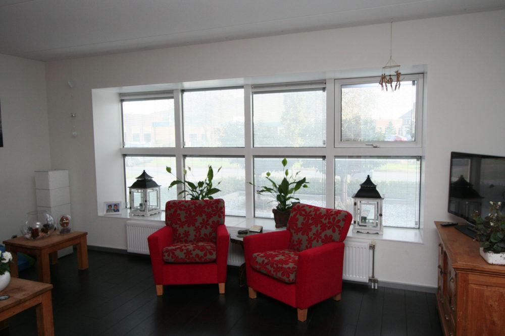 Jaloezie in glas woonkamer | Foto: Pilkington Nederland